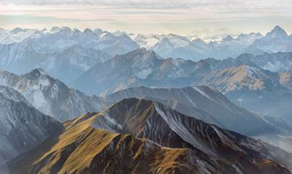 Mountains Web Banner